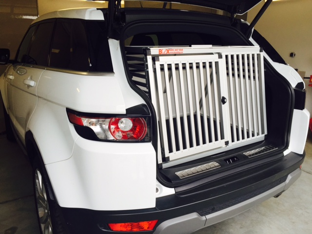 Box4Dogs přepravní klec do auta - Range Rover Evoque