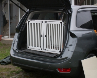 Box4Dogs přepravní klec do auta - Citroen C4 Grand Picaso